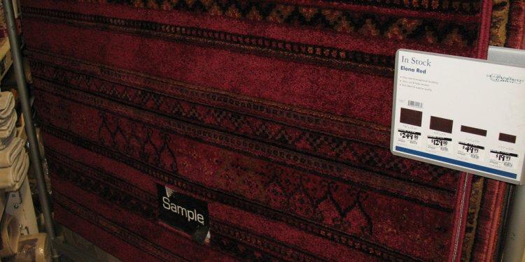Burgundy rug I like for the living room