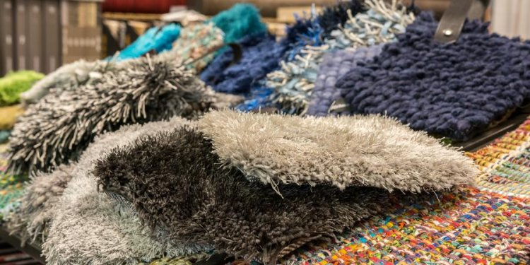 Carpet dyeing with DIY tips
