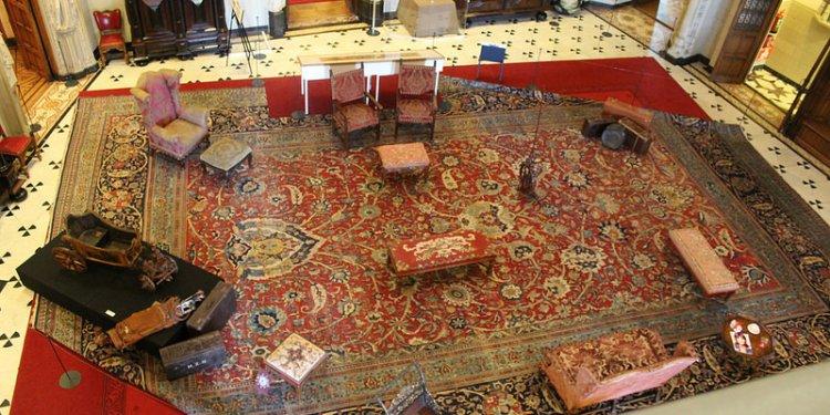 Inside Castle De Haar