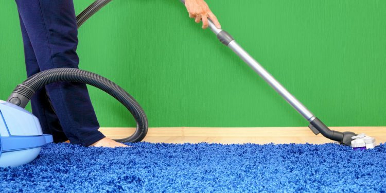 Vacuum cleaner in action-men