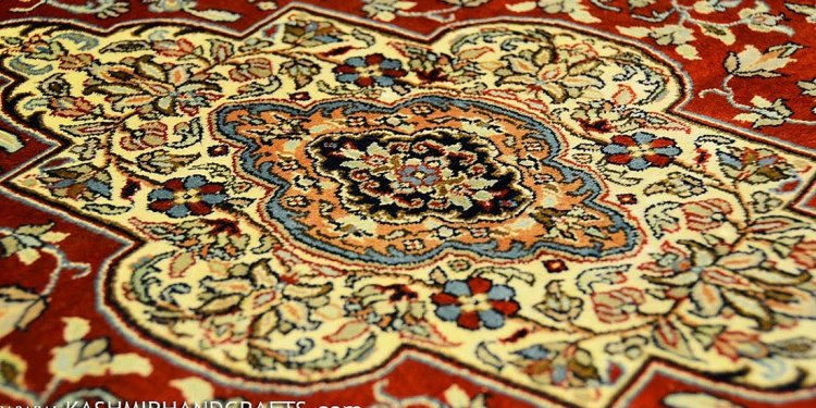 Kashan-silk-on-silk-red