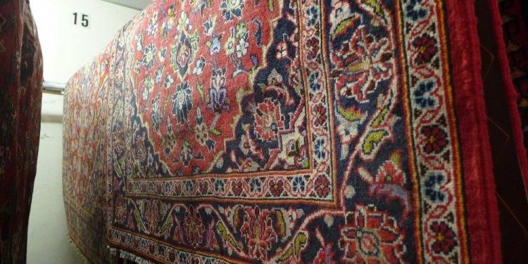 Persian Kashan rugs 147 x
