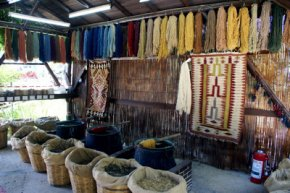 colors available Knotted Oriental Rugs originates from vegetable dyes
