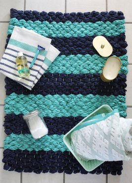 Weave a plush bathtub mat making use of material yarn. Have the full guide with this handmade pad at subject=